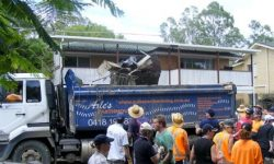 axle-truck-and-team-cleaning-up-at-brisbane-floods